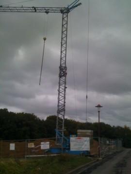 Baustelleneinrichtung mit Kran für unser Blockhaus