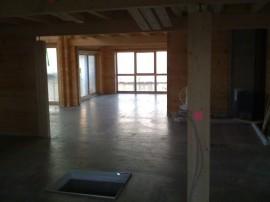 Betonestrich schnelltrocknend im Blockhaus