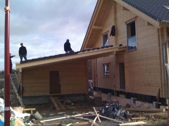Carport aus Holz selber bauen am Blockhaus