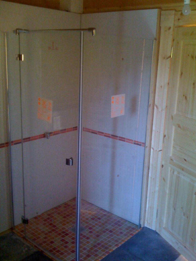 Badezimmer im Blockhaus: Was ist zu beachten? › Blockhaus