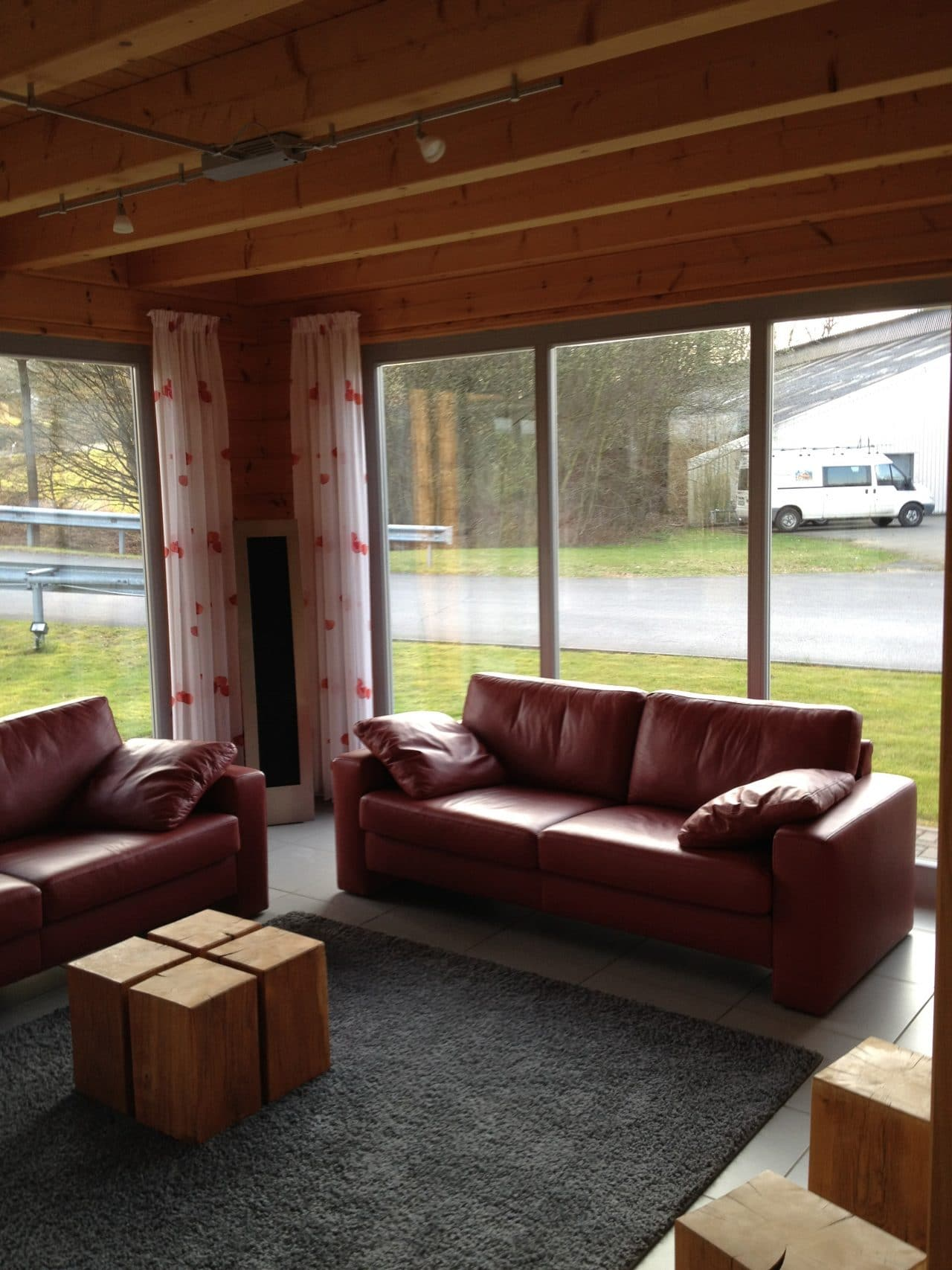 fullwood wohnblockhaus blockhaus. Black Bedroom Furniture Sets. Home Design Ideas