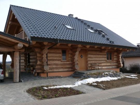 Stefan Jost Naturstammhaus