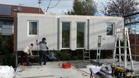 Aufbau Holzhaus Fertighaus