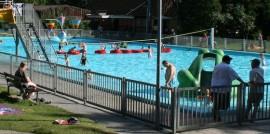 privates Schwimmbad
