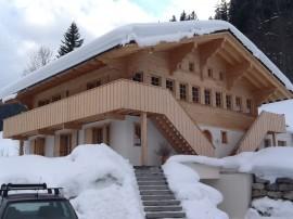Fullwood Wohnblockhaus Schnee Strom sparen